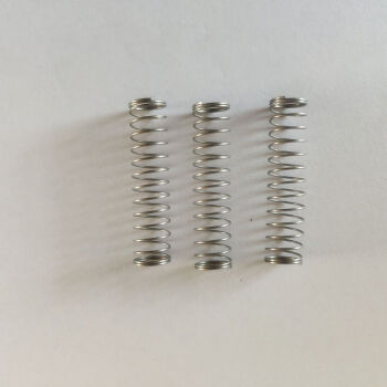 トーラペレット楽器部品の降bは汎用工具ピストンホーススプリングプラスチックボタンの放水弁番号を調整して販売促進します。